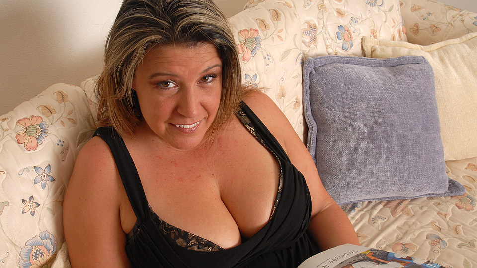 Chubby Angie loves to play when shes alone