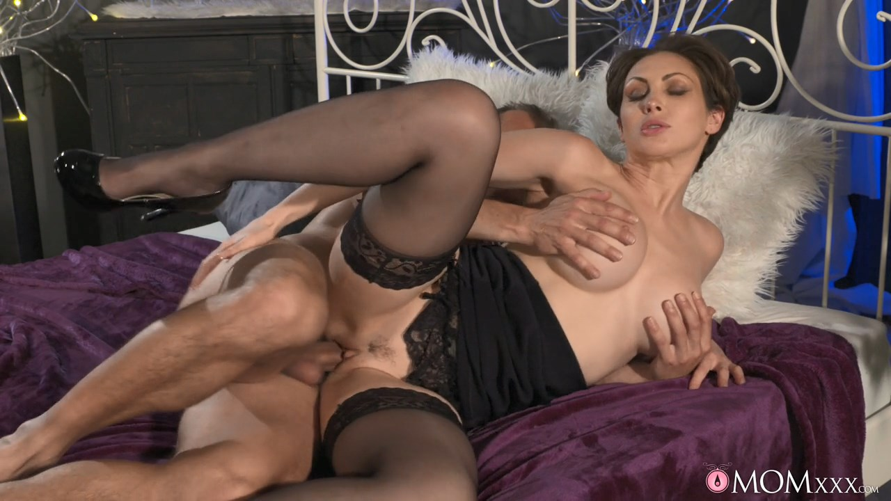 Milf hunter blonde black lingerie